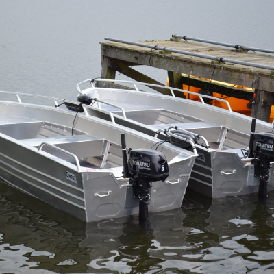 Motorbootje Varen Kampen